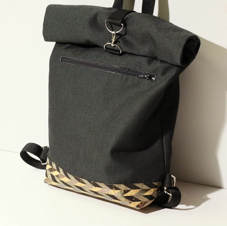 "Mochila ""Roll Top"" / Roll Top Backpack"