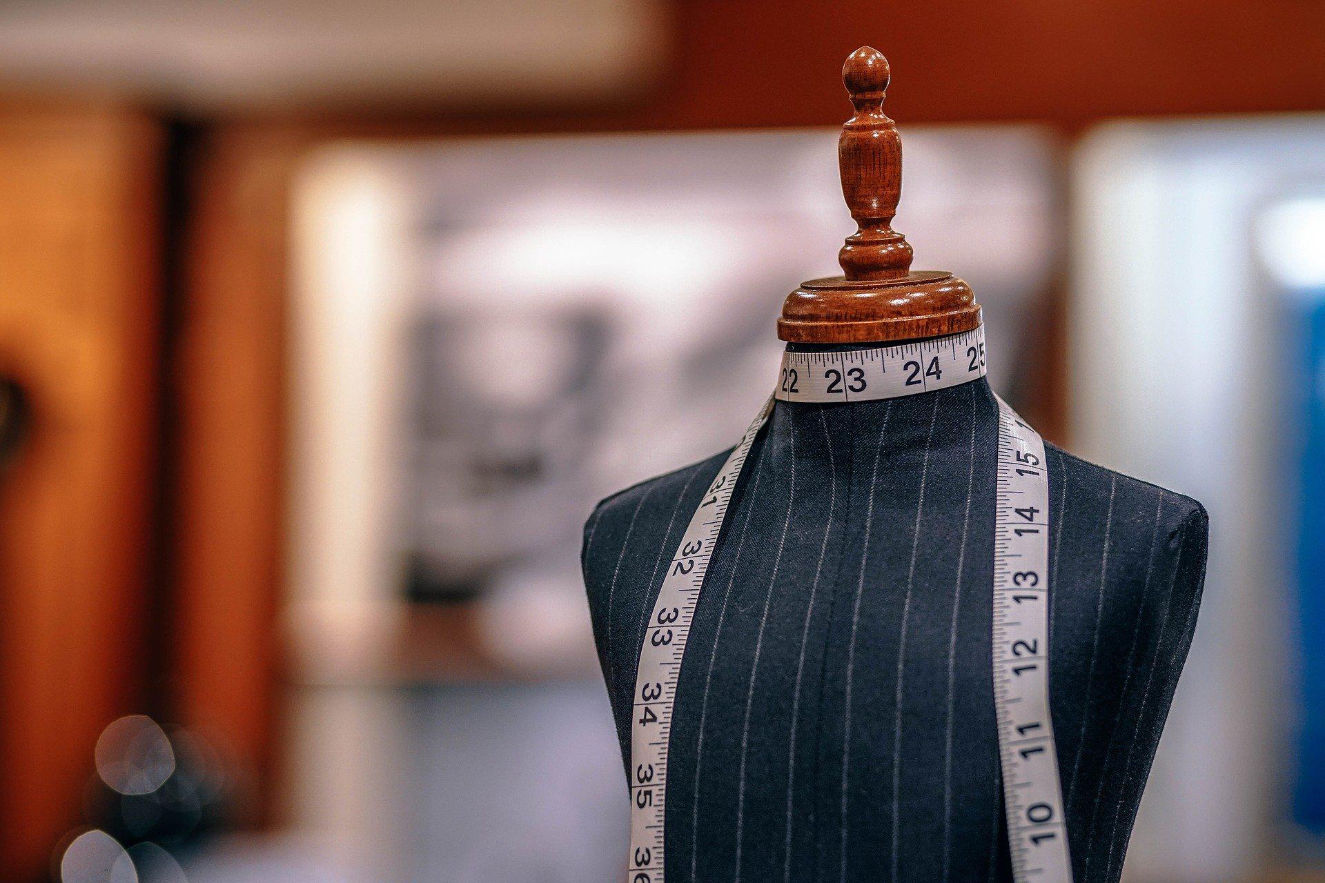 Curso de Patronaje: Patrón Básico de la Blusa y Transformación a la Blusa camisera.
